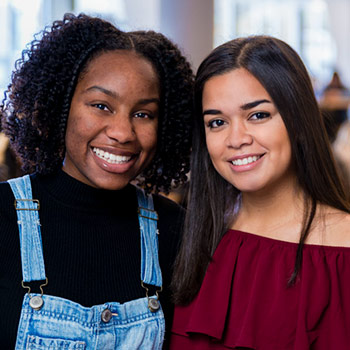 Image of Laurier students Sakinah Omari and Rebeca Gonzalez