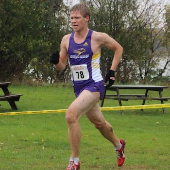 Laurier cross-country teams compete in national championships